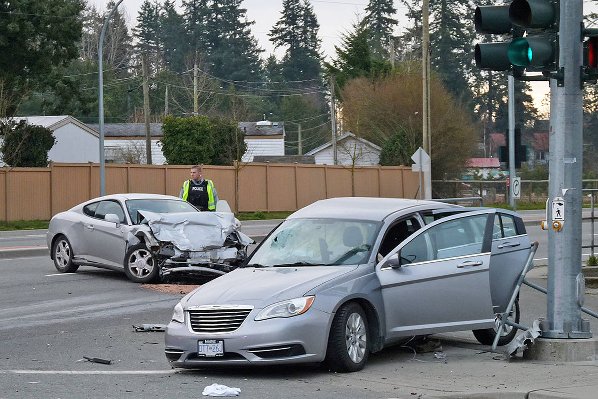 VIDEO: Serious crash closes Fraser Highway in Langley (updated ...