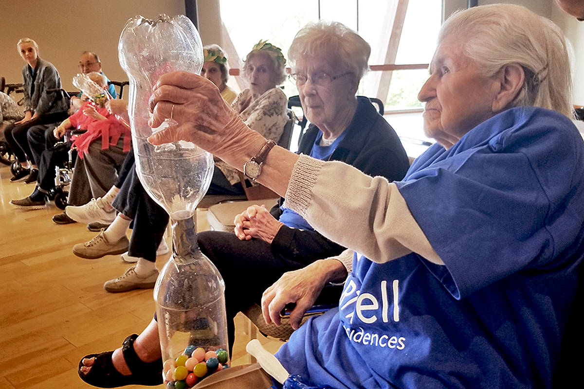 VIDEO: Smoke forces seniors games indoors – Surrey Now-Leader