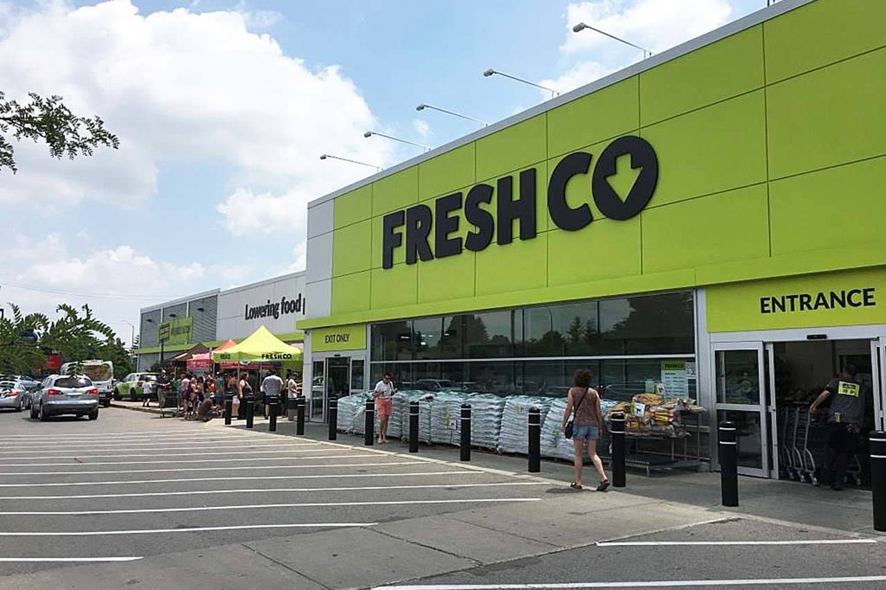 Discount grocery store FreshCo to replace Surrey Safeway locations