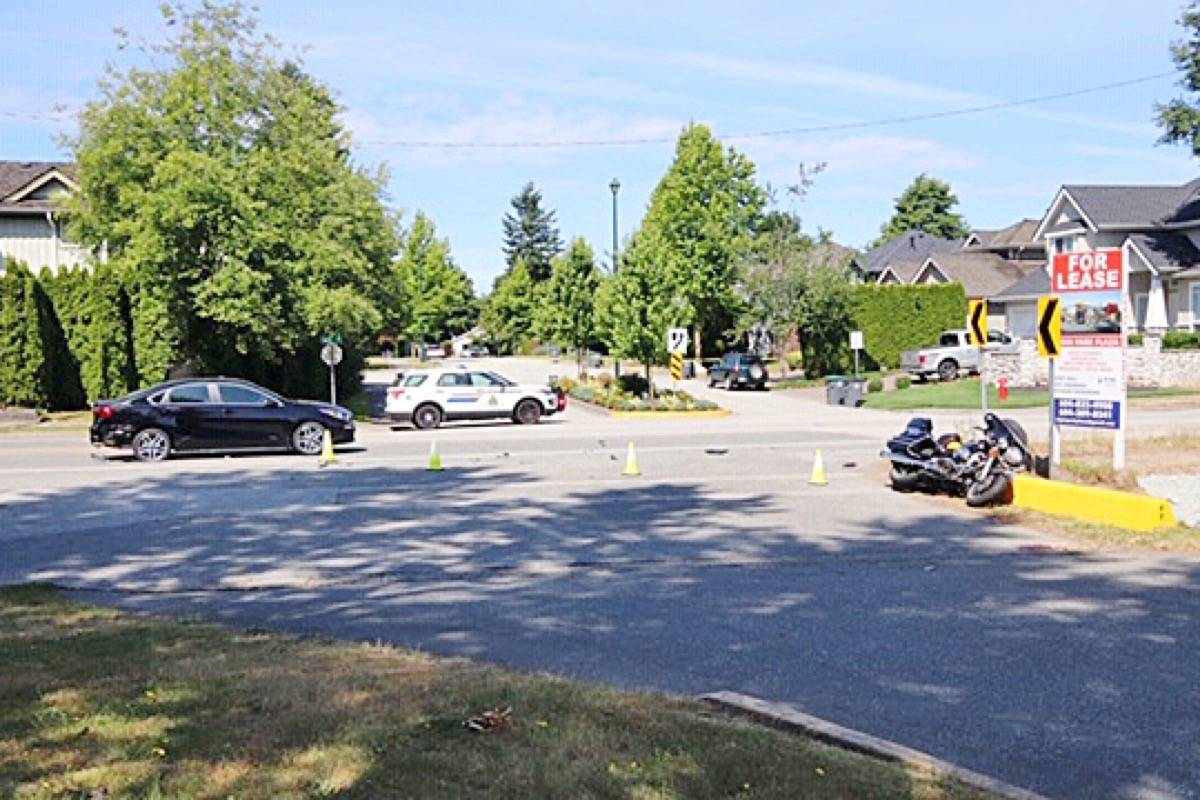 Accident In Surrey Today >> Video Life Threatening Injuries In South Surrey Motorcycle