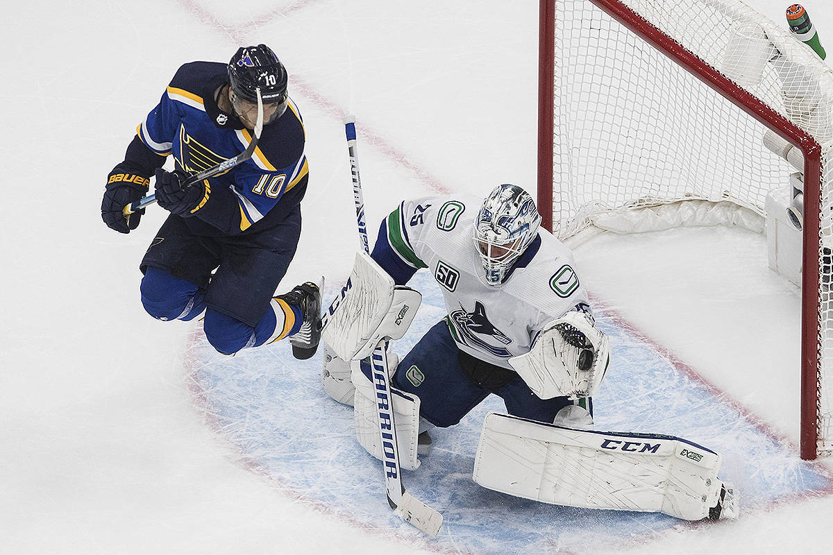 Horvat Scores 2 As Vancouver Canucks Beat Blues 5 2 In Nhl Playoff Opener Surrey Now Leader