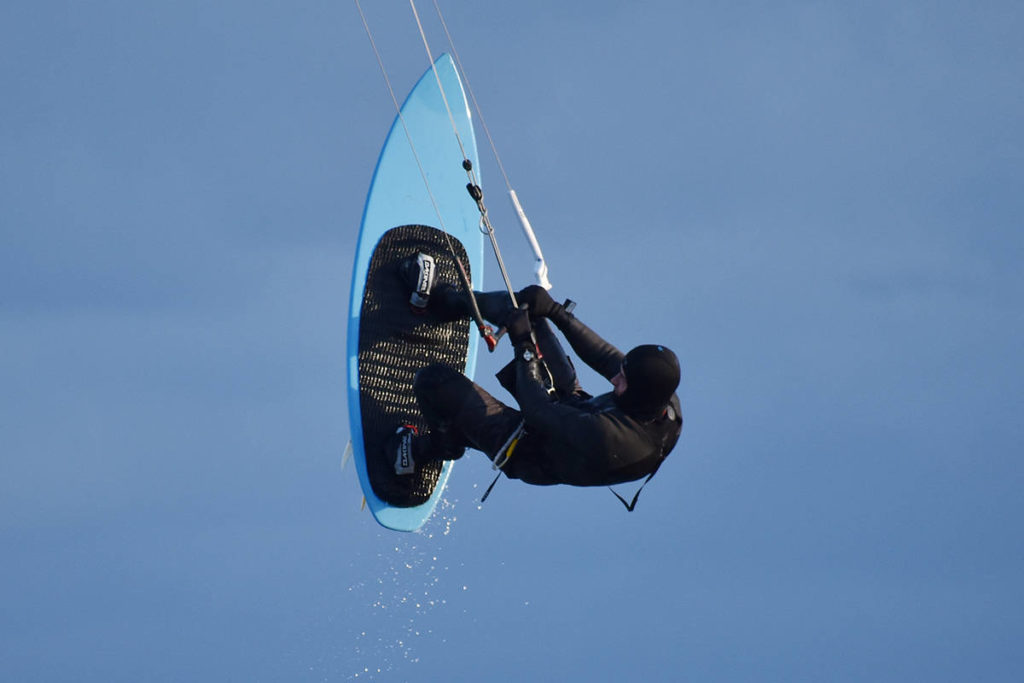 PHOTOS: Kite-surfers take flight near White Rock Pier - Surrey Now-Leader