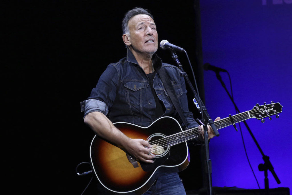 Canadians who got AstraZeneca shot can now see 'Springsteen on Broadway' - Surrey Now-Leader