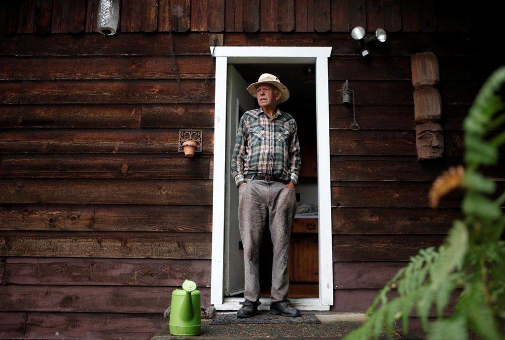B.C. Christmas tree growers say intense heat singes prized trees, kills seedlings - Surrey Now-Leader